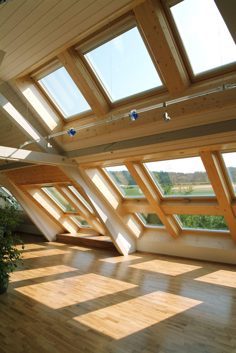 velux dachfenster mit rollo cool architektur velux dachfenster rollo halterung with velux. Black Bedroom Furniture Sets. Home Design Ideas